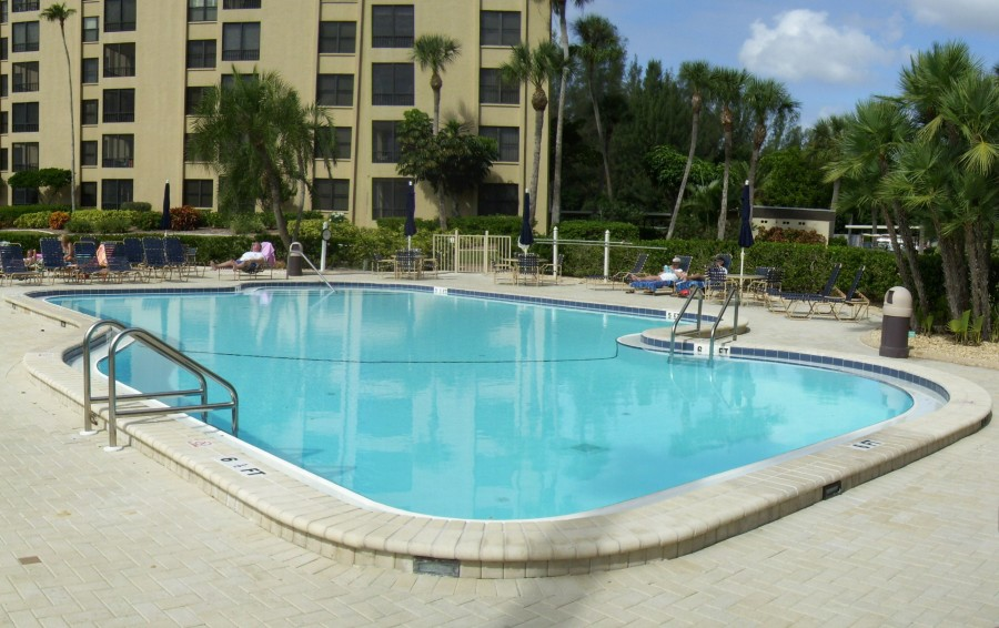 Gulf & Bay Club Condo. Assoc. Pool