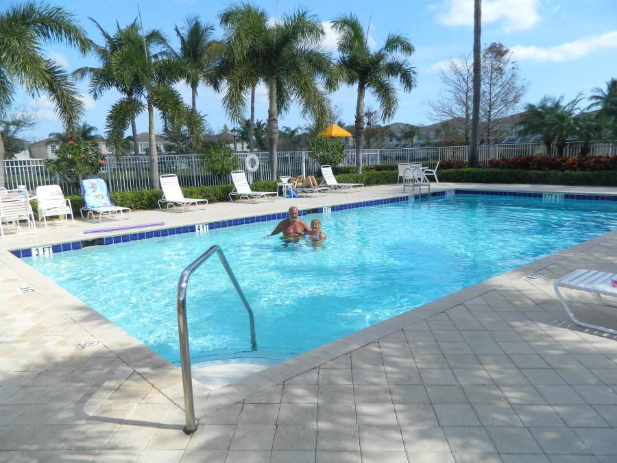 Catalina Lakes Warm Pool