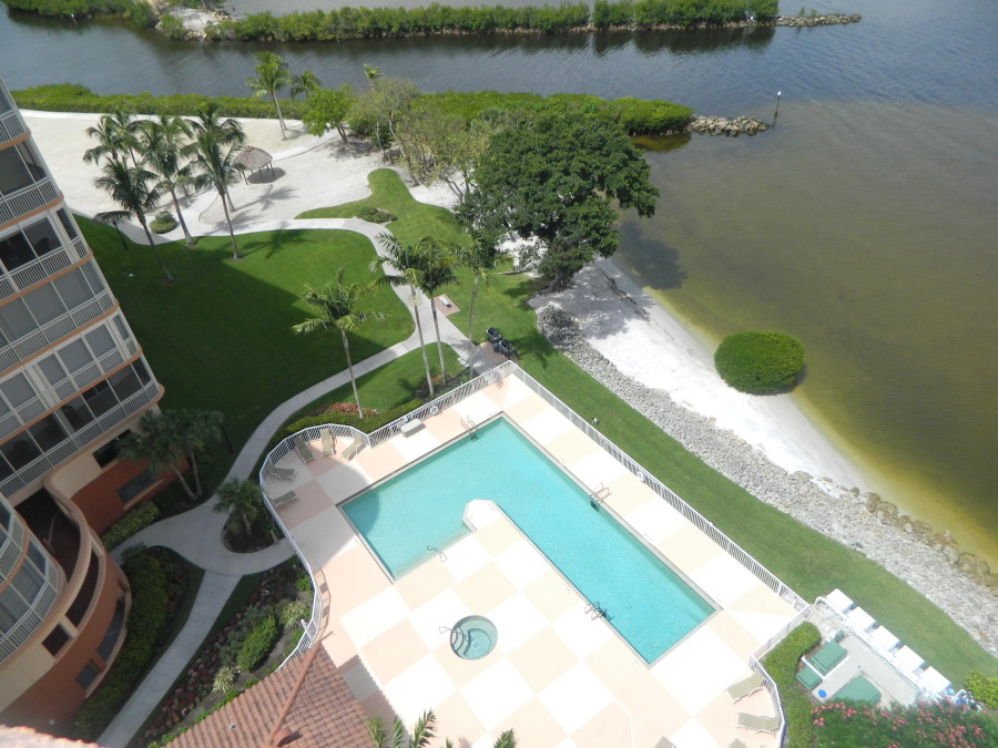 Shores at Gulf Harbour 1 & 2 Condo Pool & Spa