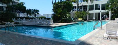 Pool Mystic Pointe Aventura